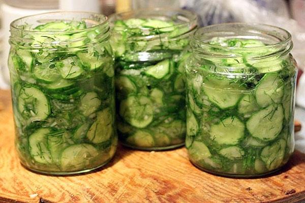 Заготовка салата из огурцов на зимуы